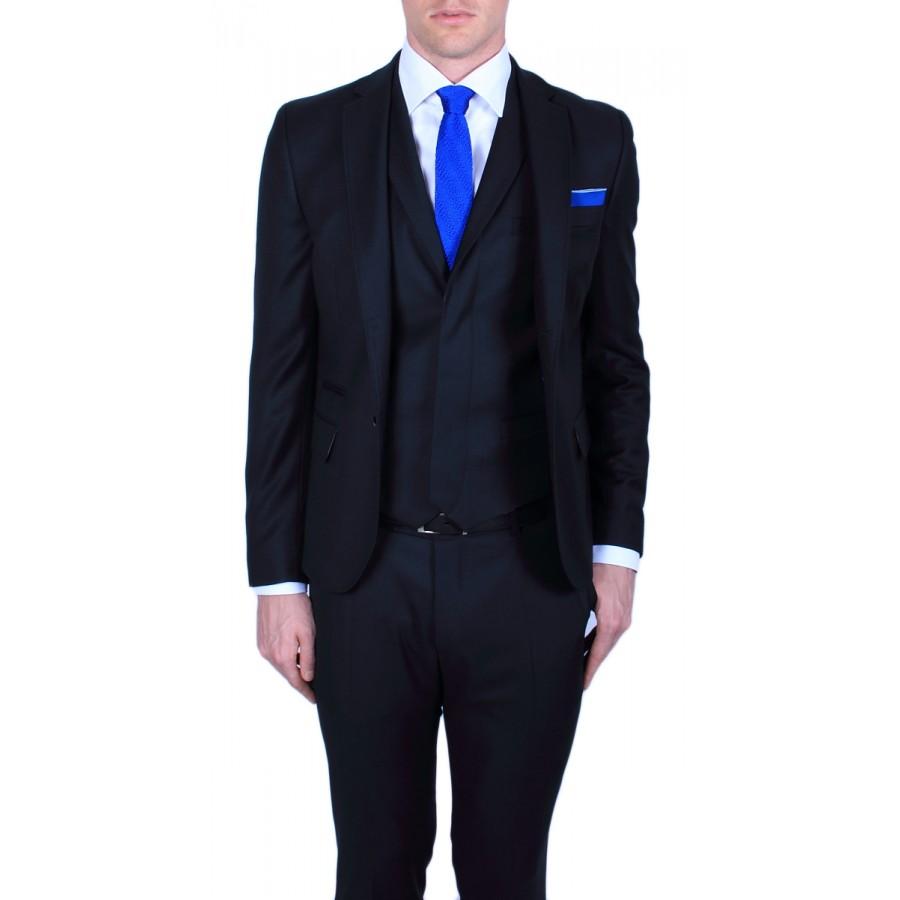 black suit and blue tie - photo #37